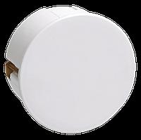 КМ41024 распаячная d80х40 для полых стен (мет. лапками, с крышкой )