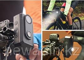 Full-HD видеорегистратор для байков и самокатов со встроенной фарой