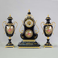 Каминный гарнитур с вазами. Фарфоровая мануфактура Limoges