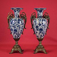 Пара ваз в стиле Ампир. ХХ век