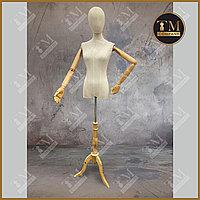 Манекен-торс Евростандарт с деревянными руками женский