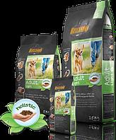 Сухой корм для собак всех пород, склонных к лишнему весу Belcando Adult Light