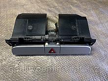 Кнопка аварийной сигнализации на Volkswagen Passat CC 1 поколение