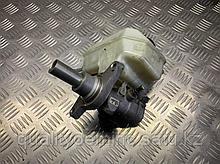 Главный тормозной цилиндр на Volkswagen Passat CC 1 поколение