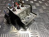 Блок клапанов пневмоподвески на Audi A8 D3/4E [2-й рестайлинг], фото 2