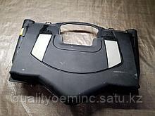 Корпус воздушногo фильтра на Mercedes-Benz S-Класс W221