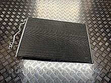 Радиатор кондиционера на Mercedes-Benz S-Класс W221