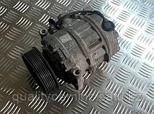 Компрессор кондиционера на Audi Q7 4L