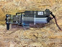 Амортизатор электрический крышки багажника левый на Audi Q7 4L
