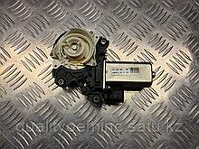 Сервопривод доводчика двери передней левой на Audi A8 D4/4H