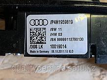 Панель управления допфункциями сиденья на Audi A8 D4/4H