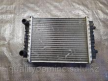 Дополнительный выносной радиатор на Audi A8 D4/4H
