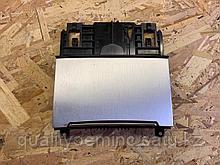 Пепельница передняя на Audi A7 4G