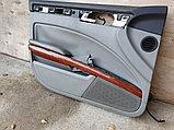 Обшивка двери передней левой на Volkswagen Phaeton 1 поколение, фото 5