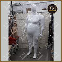 Мужской манекен больших размеров, белый