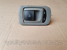 Кнопка стеклоподъемника на Porsche Cayenne 955
