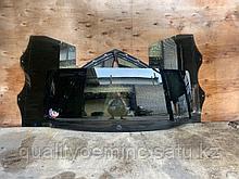 Стекло крышки багажника на Audi Q7 4L