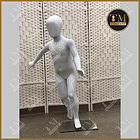 Детский манекен, белый глянцевый, бегущий, полипропиллен