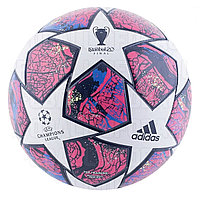 Мяч финала Лиги Чемпионов 2020