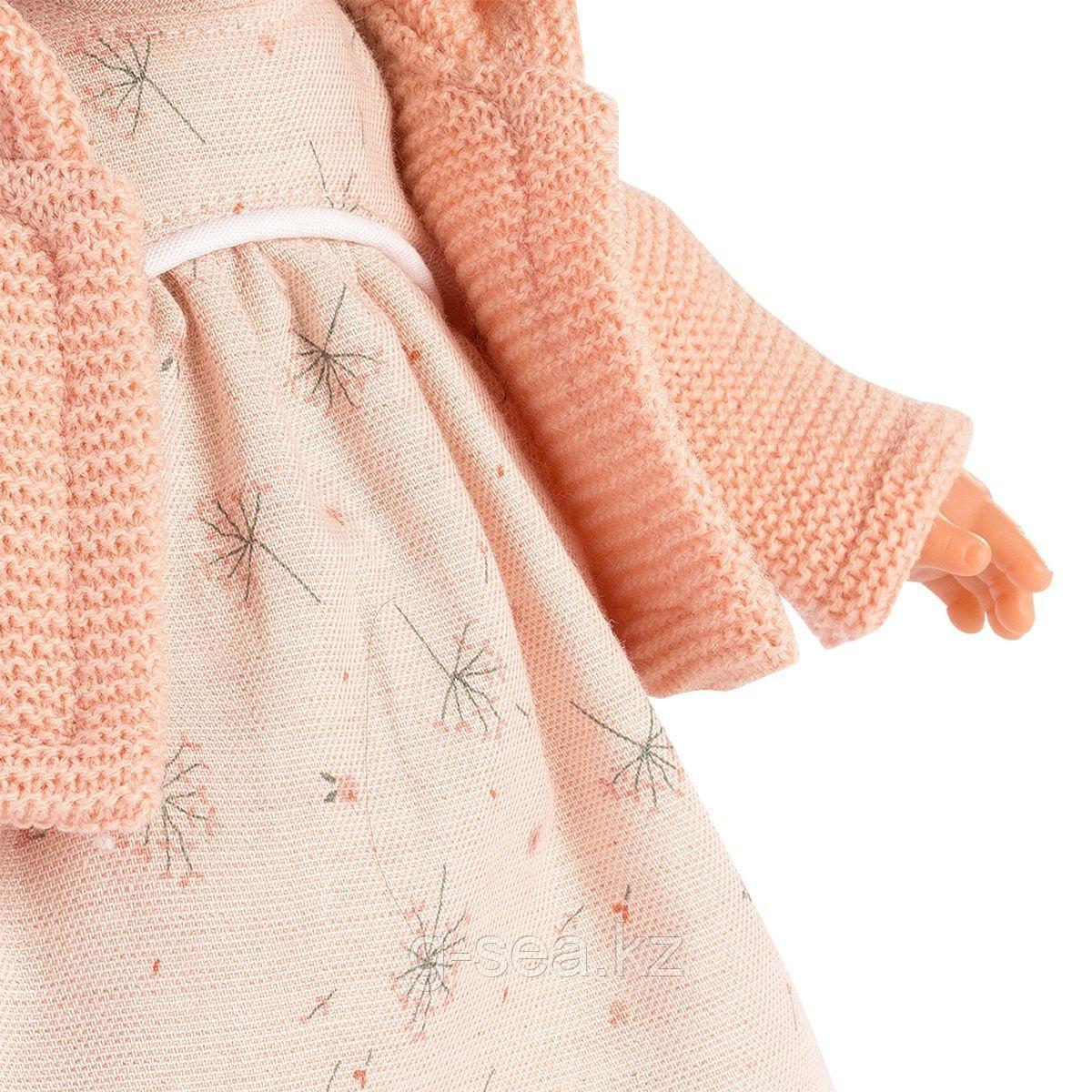 LLORENS: Кукла Рита 33 см., брюнетка в розовом жакете - фото 3