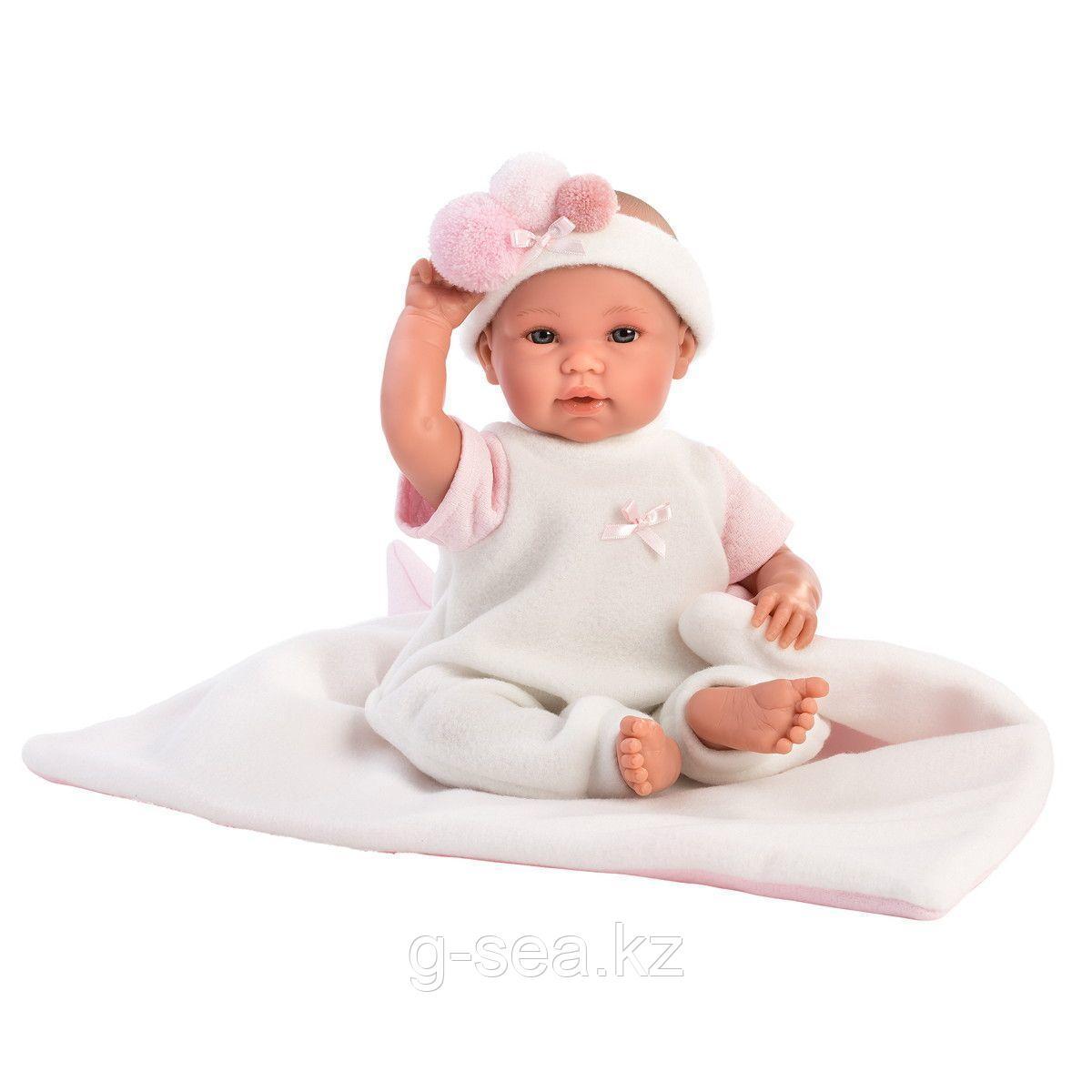 LLORENS: Пупс 36 см в роззовой шапочке с пумпонами, с одеялом-конвертом
