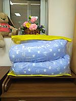Подушка для беременных белые короны на голубом