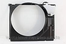 Диффузор радиатора lx570