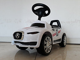 Толокар-каталка для детей Mercedes Benz. Белый
