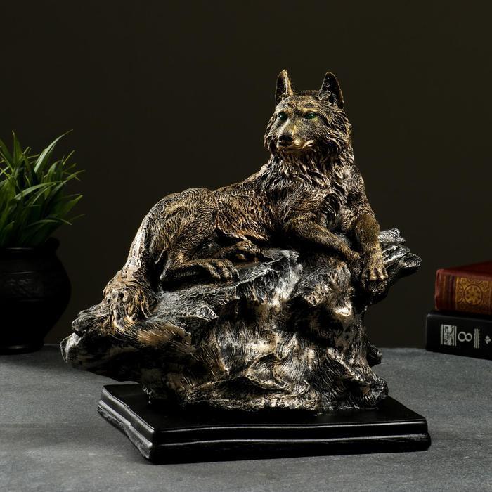 """Фигура """"Волк на скале"""" бронза, 27х28х18см"""