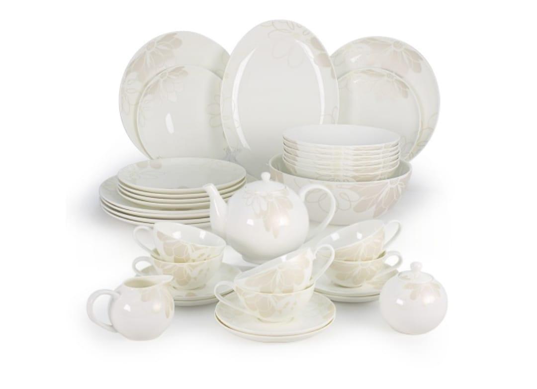 Магнолия столово-чайный сервиз на 12 персон