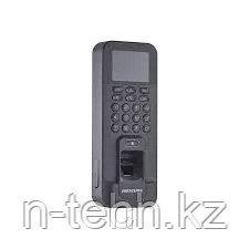 Hikvision DS-K1T804EF Терминал доступа со встроенными считывателями EM карт и отпечатков пальцев