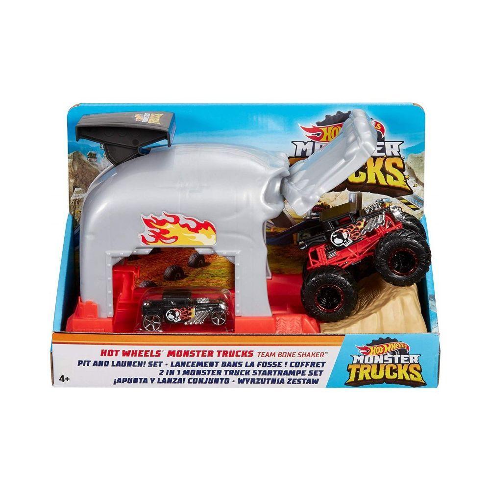 "Hot Wheels Игровой набор ""Monster Trucks: Выполняй трюки и запускай Команда Bone Shaker"", Хот Вилс"