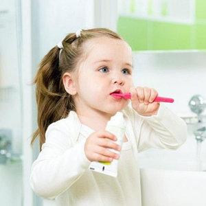 Детские зубные пасты щетки
