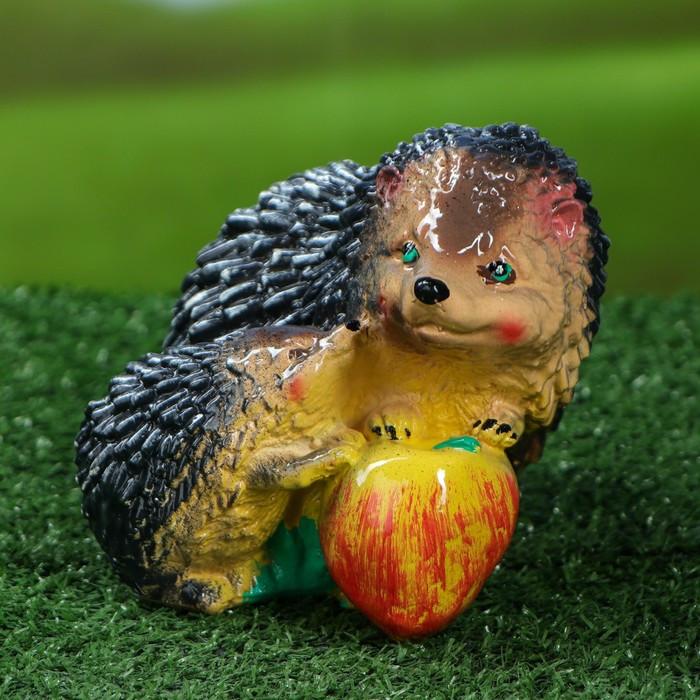 """Садовая фигура """"Ежонок и ежиха с яблоком"""", бежевый цвет, 16 см"""