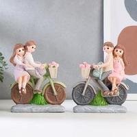 Сувенир полистоун 'Парочка детей на велосипеде' МИКС 15,5х13х4,5 см