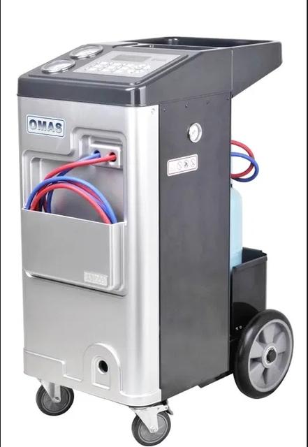 Оборудование для заправки кондиционеров автомобилей