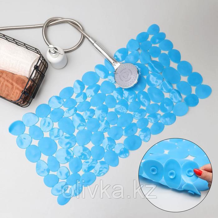 Коврик для ванны Доляна «Галька крупная», 35×71 см, цвет синий