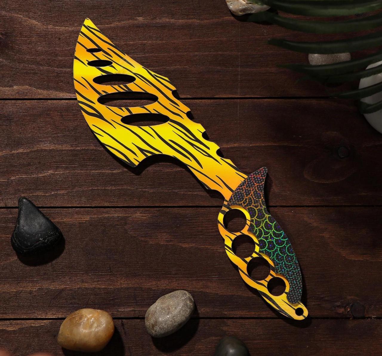 Деревянный Топор - желтый леопард (34 см.)