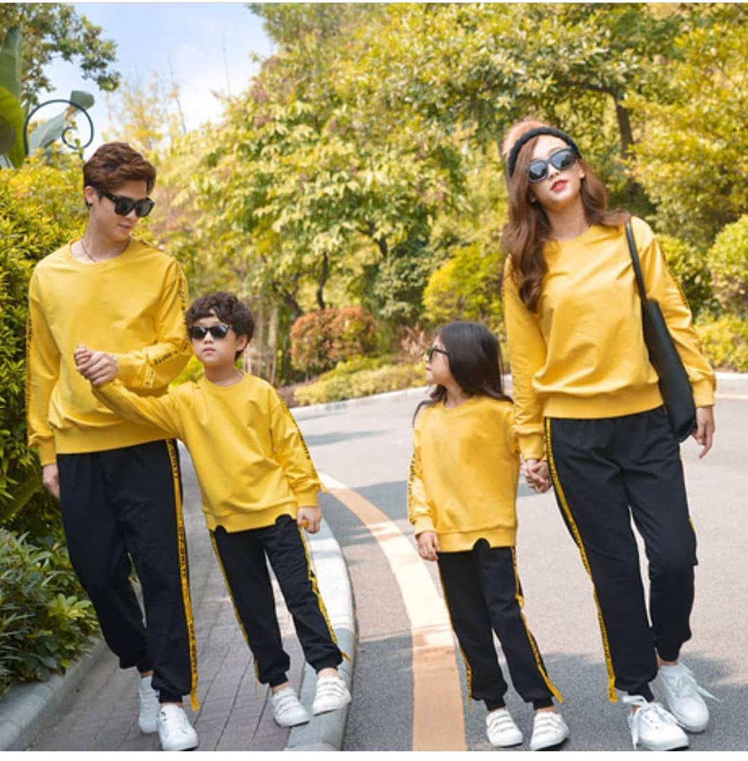 Одинаковые спортивные костюмы для всей семьи (цена за детский костюм)