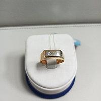 Кольцо с фианитом мужское / красное золото