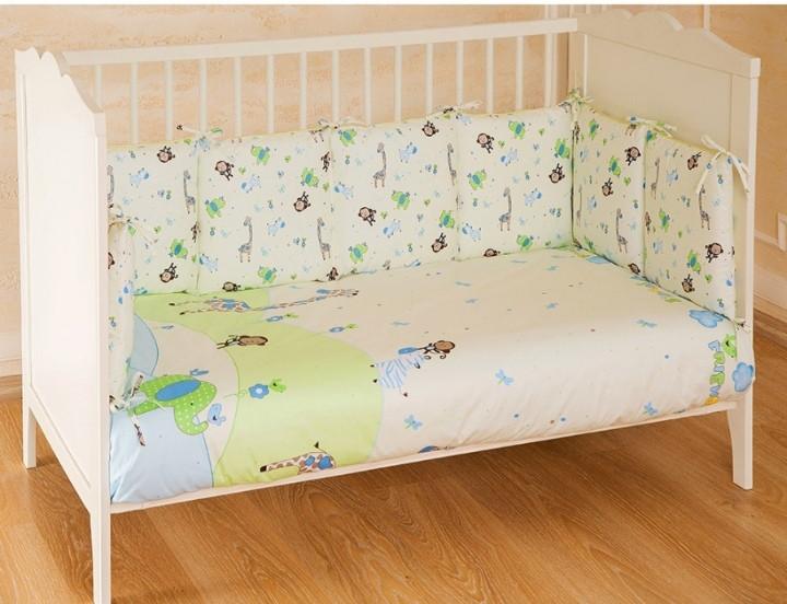 Комплект в кроватку 6 предметов Pituso универсальный подушки Зоопарк