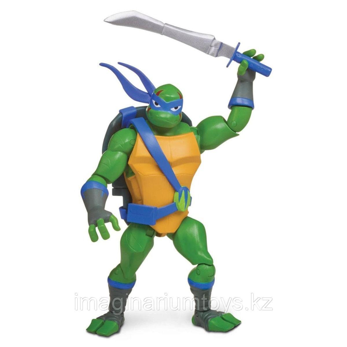 Игрушка Черепашки-ниндзя Фигурка Леонардо с боевым панцирем 12 см