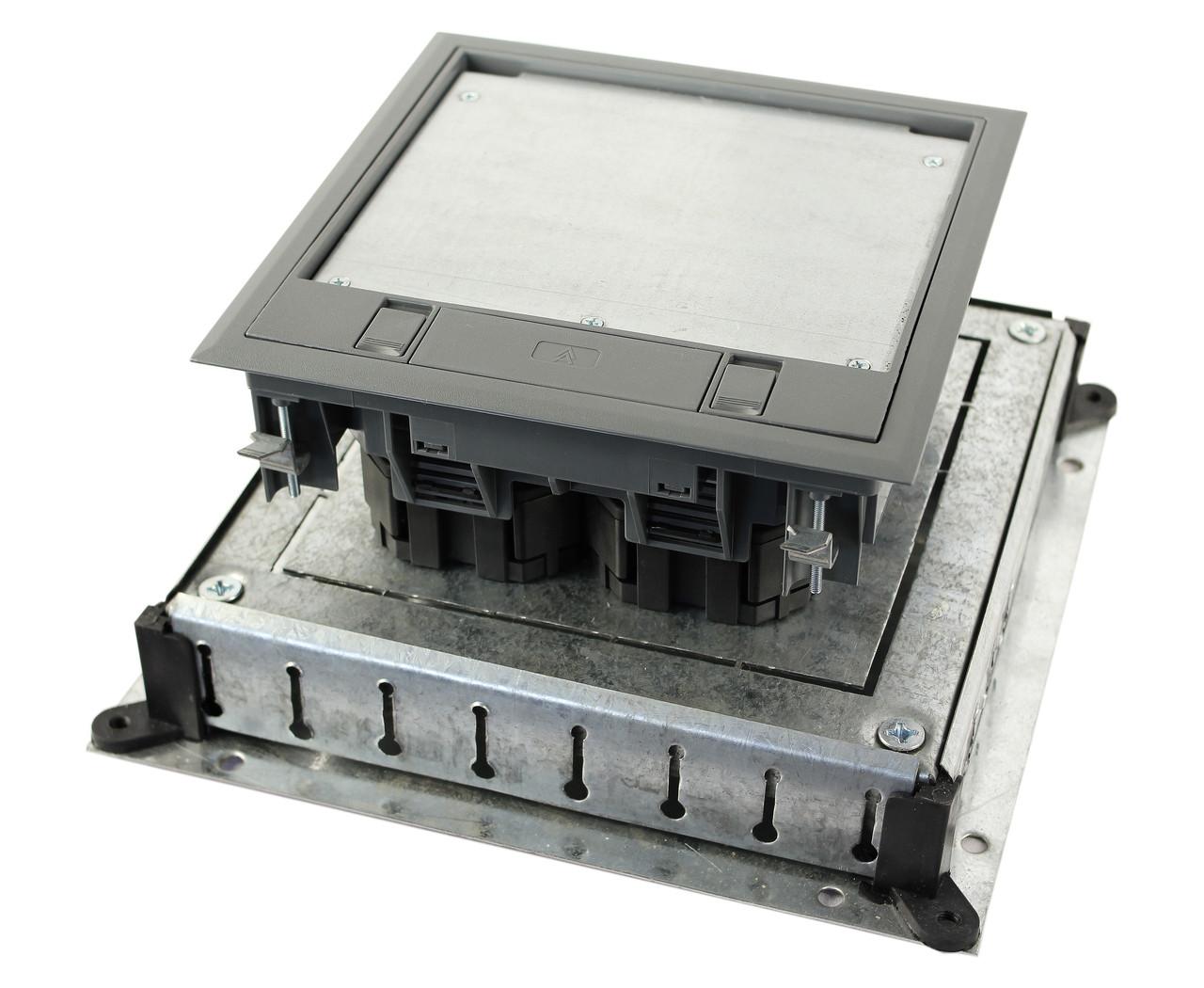 Монтажное основание под заливку в бетон, для лючка 7405145, размер 300х300 мм