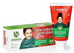 Детская зубная паста SYNERGETIC клубничка и банан, от 3 до 6 лет (красная), 50гр