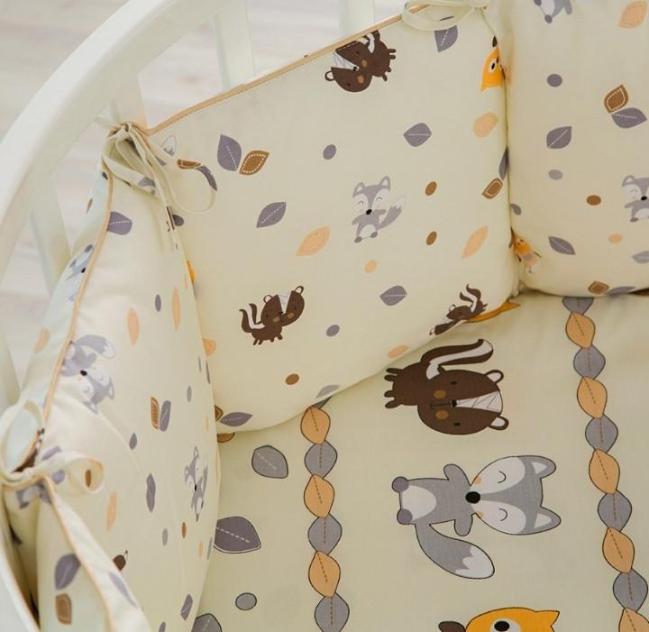 Бортик в кроватку Pituso универсальный слитные подушки В добром лесу