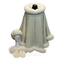 Пальто-пончо белое с мехом