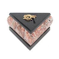 Шкатулка треугольная креноид змеевик 10х9х6 см