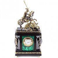 """Каминные часы """"Георгий Победоносец"""" из натурального малахита и бронзы"""