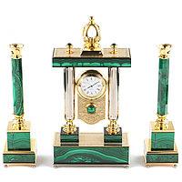 Каминные часы с подсвечниками из малахита