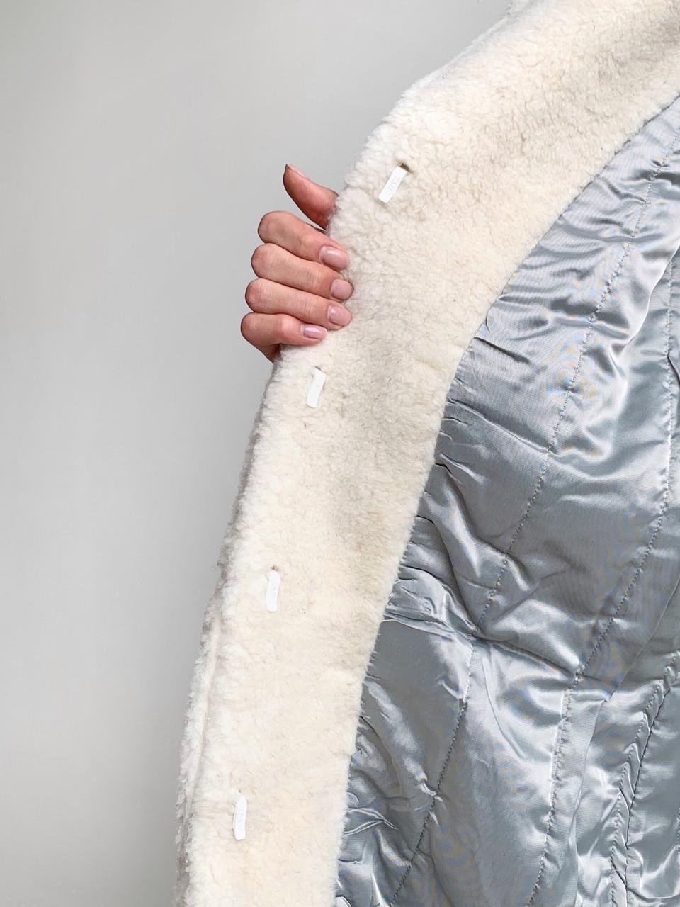 Шуба из натуральной стриженой овечьей шерсти длина 110 см, прорезные карманы, молочный цвет - фото 2